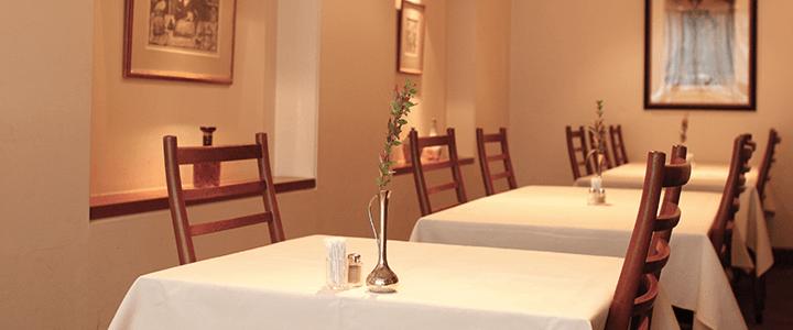 レストラン香味屋ご家族のお祝いの写真